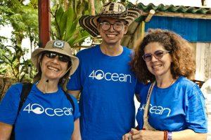 beach-clean-up-volunteering-colombia-01