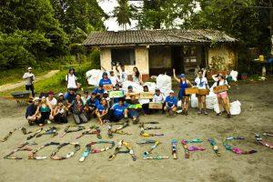 beach-clean-up-volunteering-colombia-05